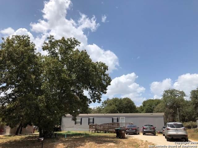 4111 Wild Fox, Elmendorf, TX 78112 (MLS #1411082) :: BHGRE HomeCity