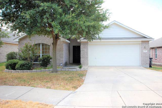 1122 Seven Iron Way, San Antonio, TX 78221 (MLS #1411148) :: BHGRE HomeCity