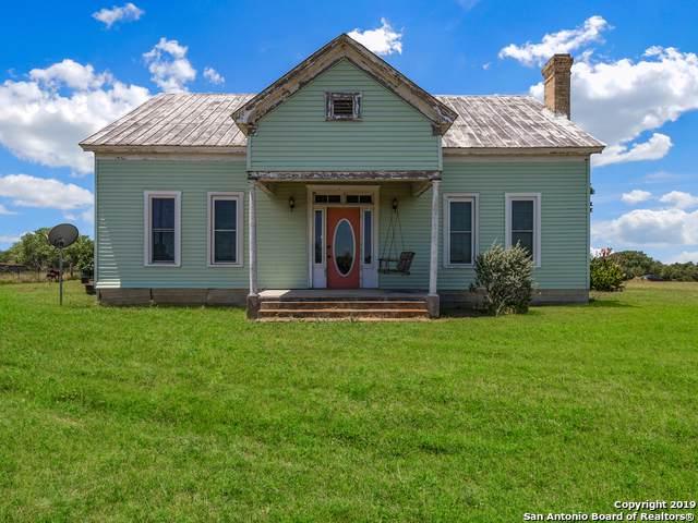 2015 Hoffman Rd, Seguin, TX 78155 (MLS #1411197) :: BHGRE HomeCity