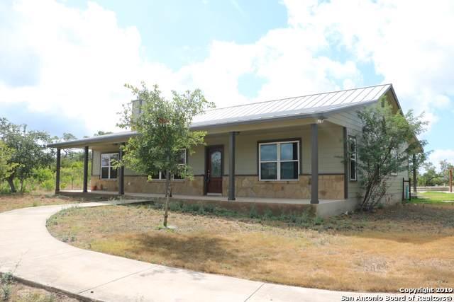 3286 County Road 2615, Rio Medina, TX 78066 (MLS #1411240) :: BHGRE HomeCity