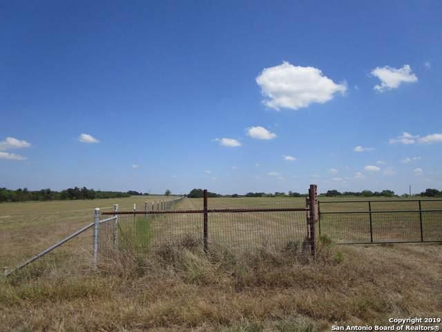 777 Woodrow Center Rd, Kingsbury, TX 78638 (MLS #1411257) :: BHGRE HomeCity