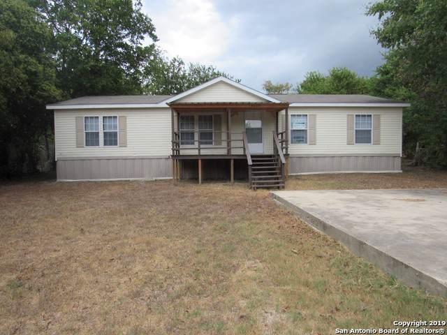 4039 Bluebonnet St, Seguin, TX 78155 (MLS #1411288) :: BHGRE HomeCity