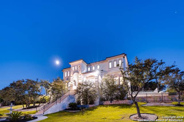 426 Majestic Bluff, San Antonio, TX 78258 (MLS #1411422) :: Glover Homes & Land Group