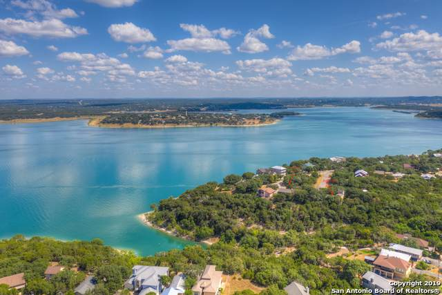 2044 Stagecoach Dr, Canyon Lake, TX 78133 (MLS #1411479) :: BHGRE HomeCity