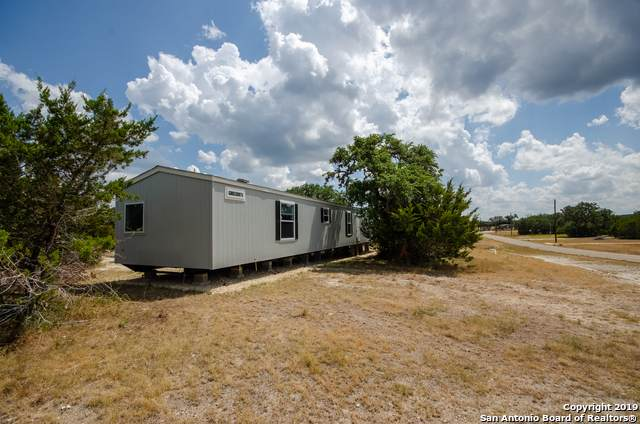 537 Private Road 1519, Bandera, TX 78003 (MLS #1411538) :: BHGRE HomeCity