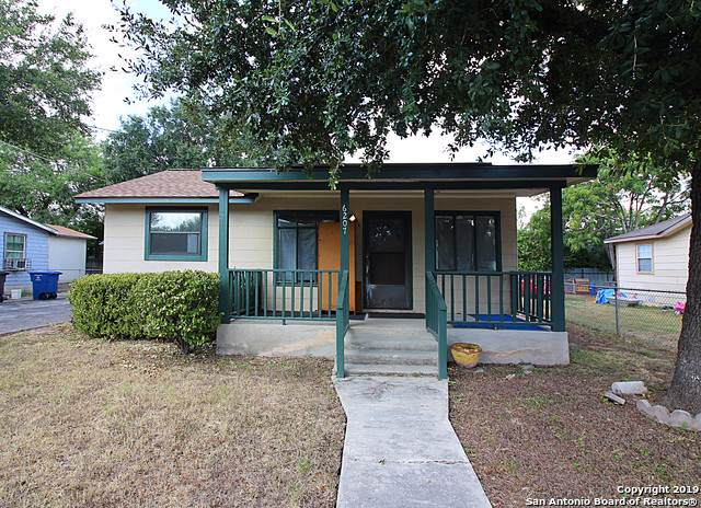 6207 Macdona St, San Antonio, TX 78221 (MLS #1411655) :: The Mullen Group | RE/MAX Access