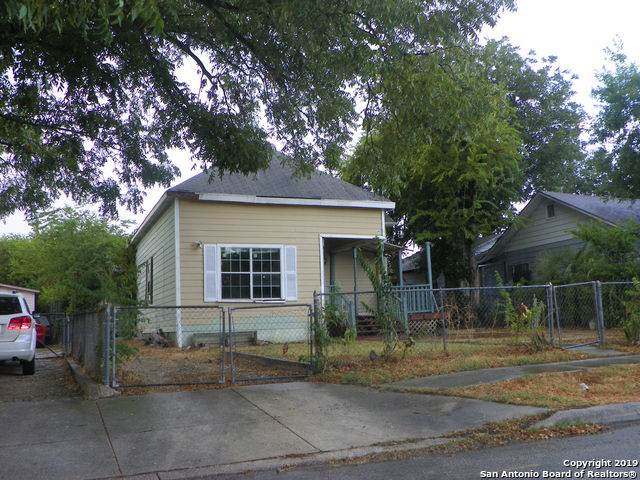2413 Leal St, San Antonio, TX 78207 (MLS #1411790) :: The Castillo Group