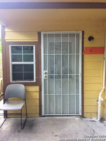3015 S Flores St, San Antonio, TX 78204 (MLS #1411807) :: The Gradiz Group
