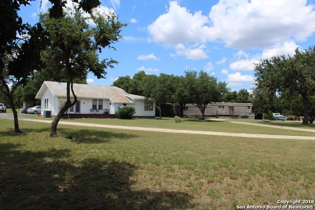 290 Private Rd 3821, Utopia, TX 78884 (MLS #1411908) :: Legend Realty Group