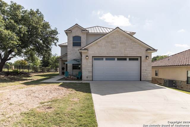101 Lachite, Horseshoe Bay, TX 78657 (MLS #1411975) :: Glover Homes & Land Group