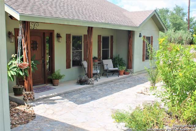 1660 Soaring Eagle Dr, Canyon Lake, TX 78133 (MLS #1412148) :: BHGRE HomeCity