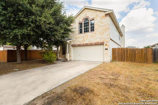 418 Dandelion Bend, San Antonio, TX 78245 (#1412193) :: The Perry Henderson Group at Berkshire Hathaway Texas Realty