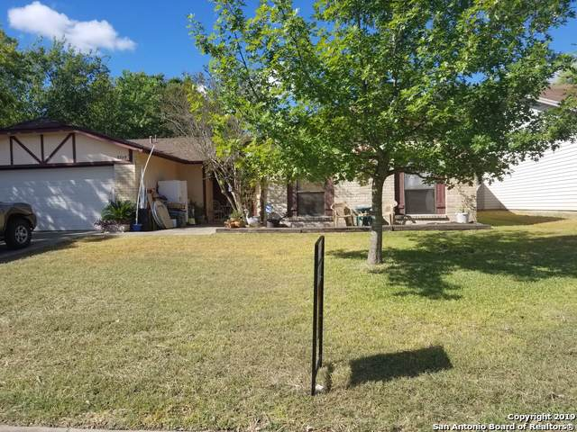 MISTY ASH N Misty Ash, Converse, TX 78109 (MLS #1412195) :: The Mullen Group | RE/MAX Access