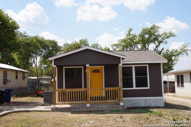 218 S Peach Ave, New Braunfels, TX 78130 (MLS #1412237) :: Alexis Weigand Real Estate Group
