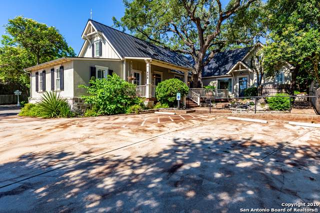 908 S Main St, Boerne, TX 78006 (MLS #1412504) :: Glover Homes & Land Group