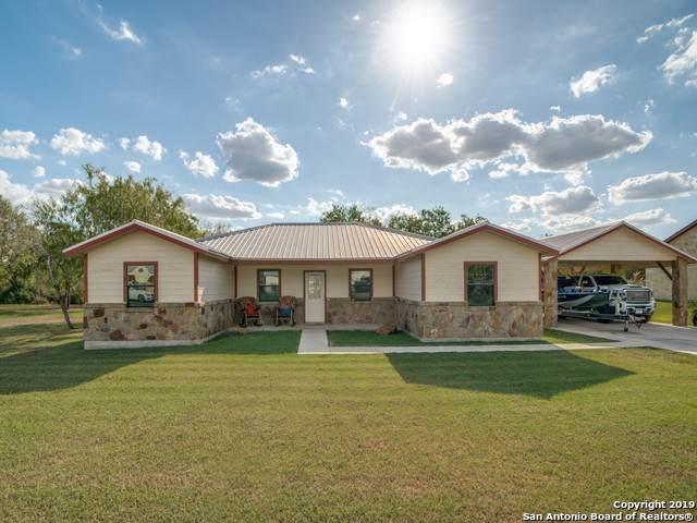 204 Bryan Dr, Jourdanton, TX 78026 (MLS #1412522) :: Exquisite Properties, LLC