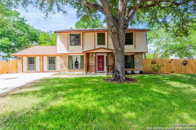 213 Oldtowne Rd, Seguin, TX 78155 (MLS #1412642) :: Alexis Weigand Real Estate Group