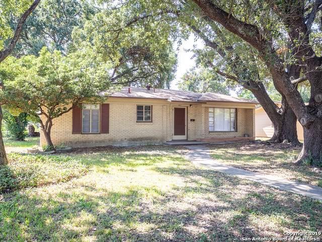 402 Westhill Pl, San Antonio, TX 78201 (MLS #1412677) :: Reyes Signature Properties
