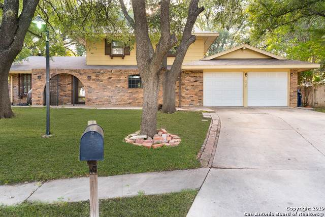 10427 Annapolis Dr, San Antonio, TX 78230 (#1412711) :: The Perry Henderson Group at Berkshire Hathaway Texas Realty