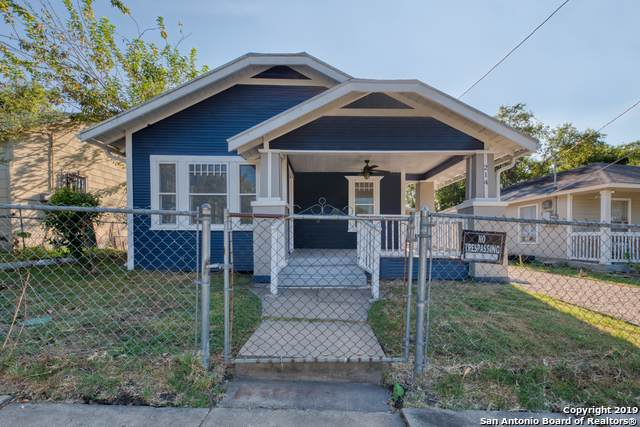 214 Spruce St, San Antonio, TX 78203 (MLS #1413047) :: The Gradiz Group