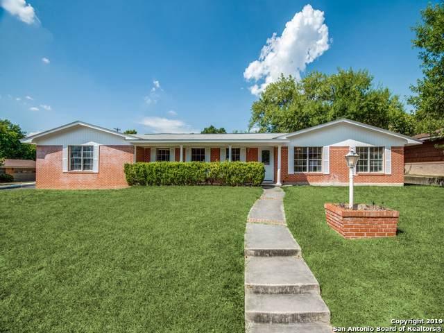 2731 Hopeton Dr, San Antonio, TX 78230 (MLS #1413065) :: The Gradiz Group