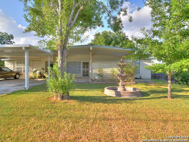 1359 Oblate Dr, San Antonio, TX 78216 (MLS #1413175) :: Reyes Signature Properties