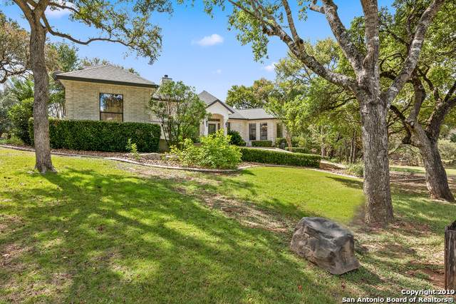 8535 Fairway Green Dr, Fair Oaks Ranch, TX 78015 (MLS #1413276) :: The Heyl Group at Keller Williams