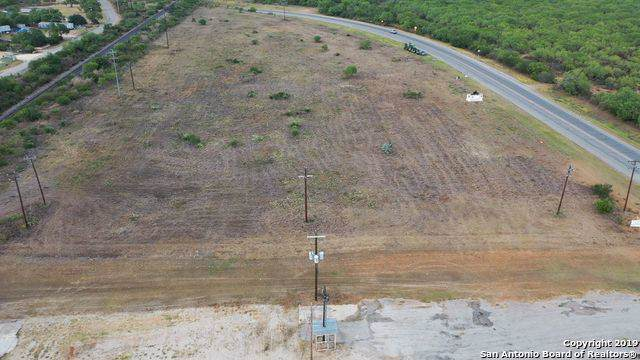 2975 I-35 Bl, Pearsall, TX 78061 (MLS #1413336) :: Legend Realty Group