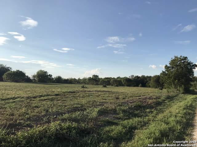 000 Granburg Rd, Lytle, TX 78052 (MLS #1413491) :: The Castillo Group