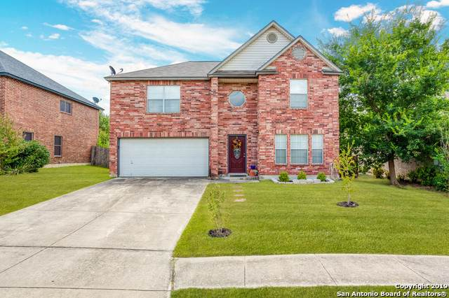 1648 Yucca Park, Schertz, TX 78154 (#1413560) :: The Perry Henderson Group at Berkshire Hathaway Texas Realty