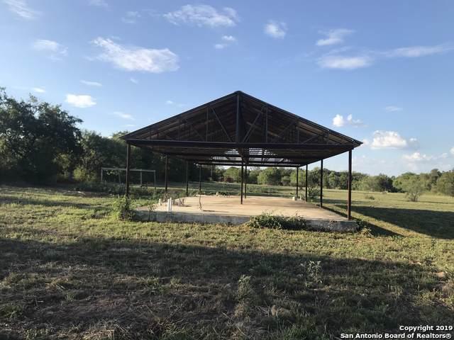 002 Granburg Rd, Lytle, TX 78052 (MLS #1413566) :: BHGRE HomeCity