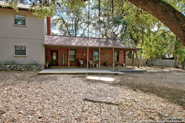 331 Rhodes Ln, Wimberley, TX 78676 (#1413618) :: The Perry Henderson Group at Berkshire Hathaway Texas Realty