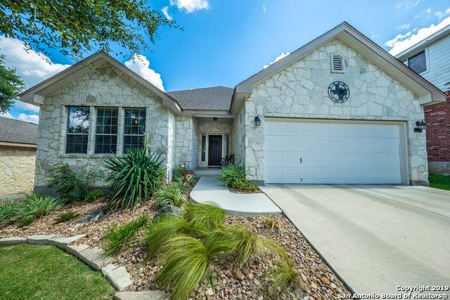774 San Mateo, New Braunfels, TX 78132 (#1413917) :: The Perry Henderson Group at Berkshire Hathaway Texas Realty