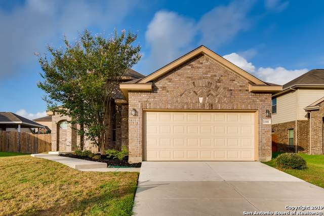 13601 Mathews Park, Live Oak, TX 78233 (MLS #1414018) :: Laura Yznaga | Hometeam of America