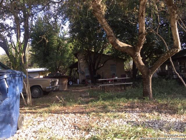 422,424,426, Virginia St, Pleasanton, TX 78064 (MLS #1414050) :: Exquisite Properties, LLC