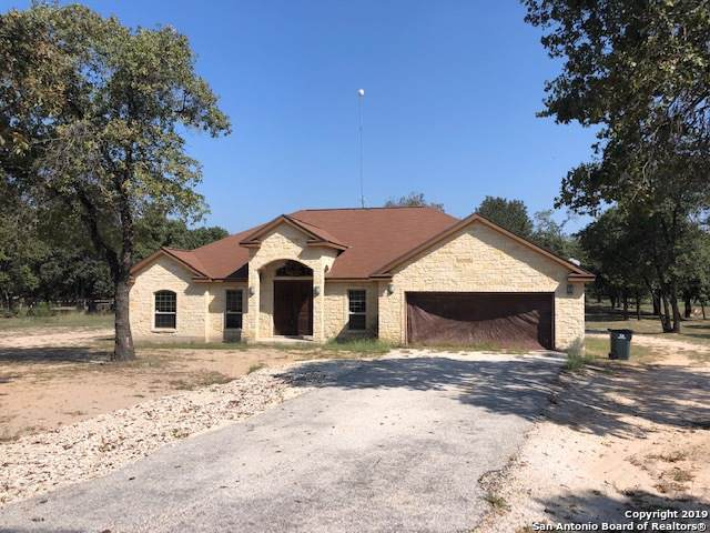 327 County Road 6871, Natalia, TX 78059 (MLS #1414088) :: Alexis Weigand Real Estate Group