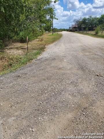 15414 Shepherd Rd, Atascosa, TX 78002 (MLS #1414157) :: BHGRE HomeCity