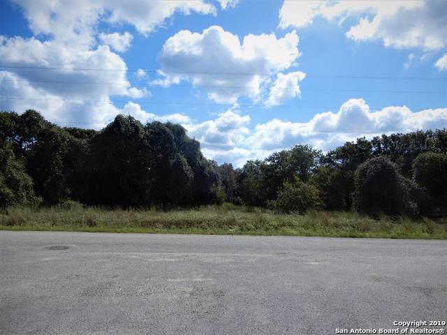 312 Misty Bend, Floresville, TX 78114 (MLS #1414205) :: BHGRE HomeCity