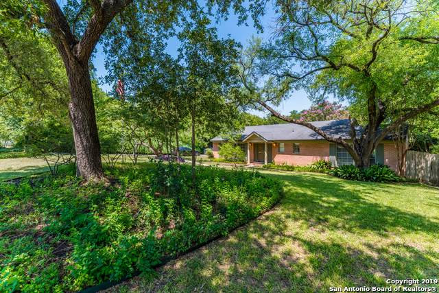 7910 Robin Rest Dr, San Antonio, TX 78209 (MLS #1414209) :: The Glover Homes & Land Group