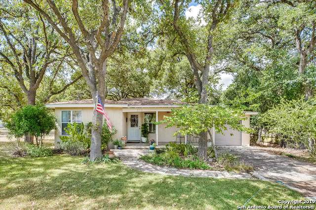 210 Frey St, Boerne, TX 78006 (#1414426) :: The Perry Henderson Group at Berkshire Hathaway Texas Realty