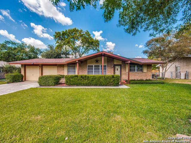 205 Windcrest Dr, Windcrest, TX 78239 (MLS #1414432) :: BHGRE HomeCity