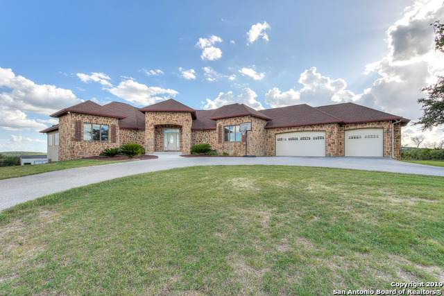 798 Private Road 1717, Mico, TX 78056 (#1414560) :: The Perry Henderson Group at Berkshire Hathaway Texas Realty