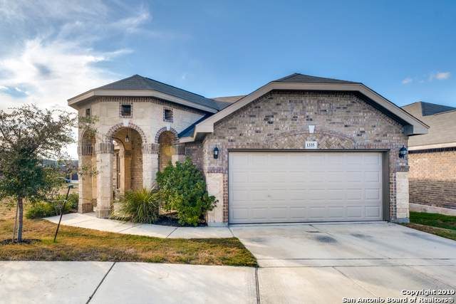 1335 Crow Ct, San Antonio, TX 78245 (MLS #1414577) :: Erin Caraway Group