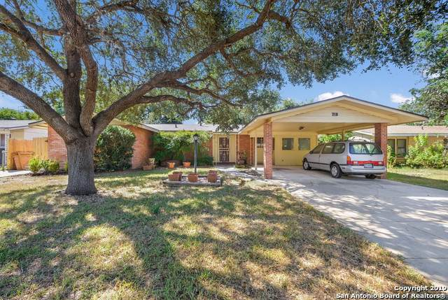 318 Kate Schenck Ave, San Antonio, TX 78223 (#1414716) :: The Perry Henderson Group at Berkshire Hathaway Texas Realty