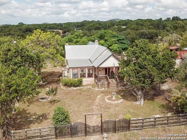 1101 Oil Well Rd, Pipe Creek, TX 78063 (MLS #1414812) :: BHGRE HomeCity
