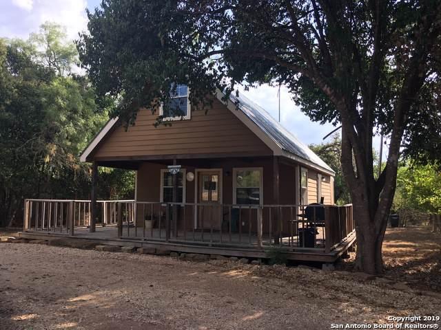 301 Madrona Ln, Bandera, TX 78003 (MLS #1414818) :: Alexis Weigand Real Estate Group