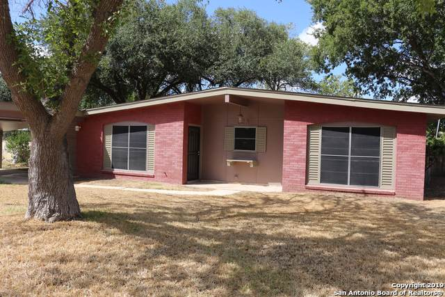 523 Scotty Dr, San Antonio, TX 78227 (MLS #1414871) :: The Gradiz Group