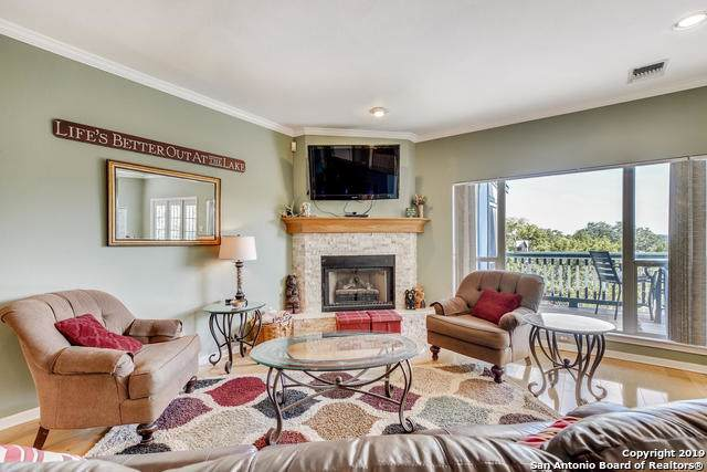 971 Barbara, Canyon Lake, TX 78133 (#1414894) :: The Perry Henderson Group at Berkshire Hathaway Texas Realty