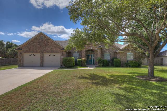 119 Escondido, Seguin, TX 78155 (MLS #1414962) :: The Gradiz Group