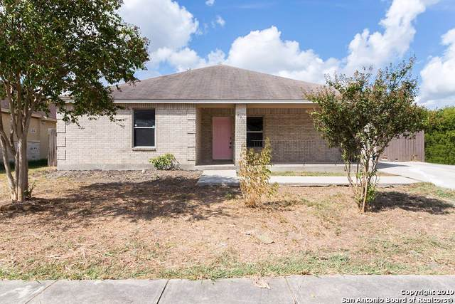 8935 Silver Bow Dr, San Antonio, TX 78242 (#1414969) :: The Perry Henderson Group at Berkshire Hathaway Texas Realty